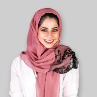 دكتورة دانيا الحسيني الأسنان