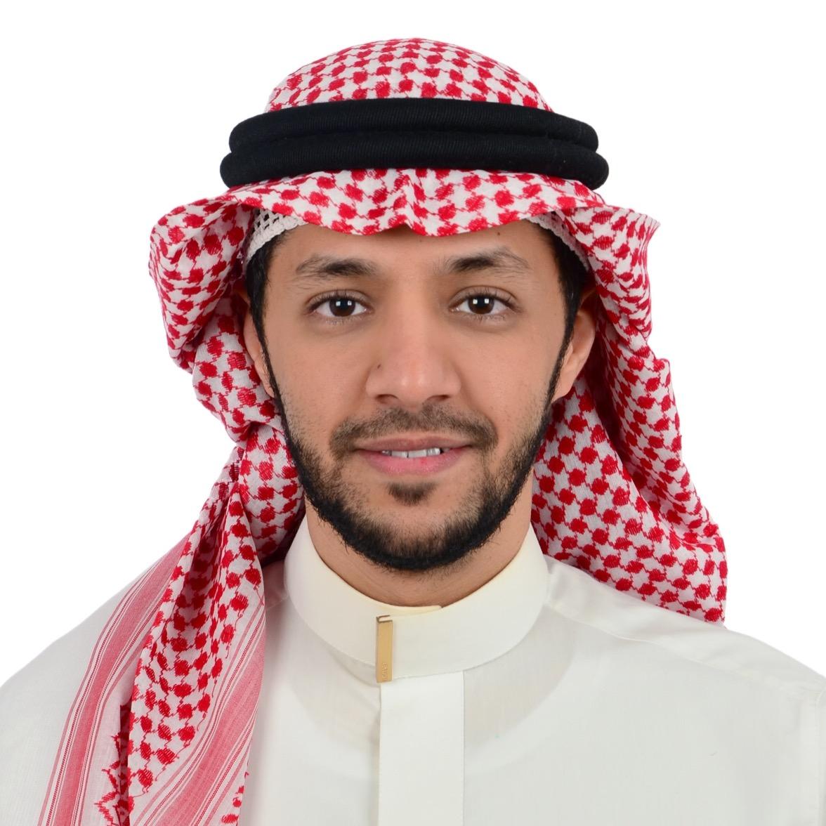 دكتور ياسر خشيم